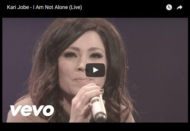 Kari Jobe - I Am Not Alone (Élő)